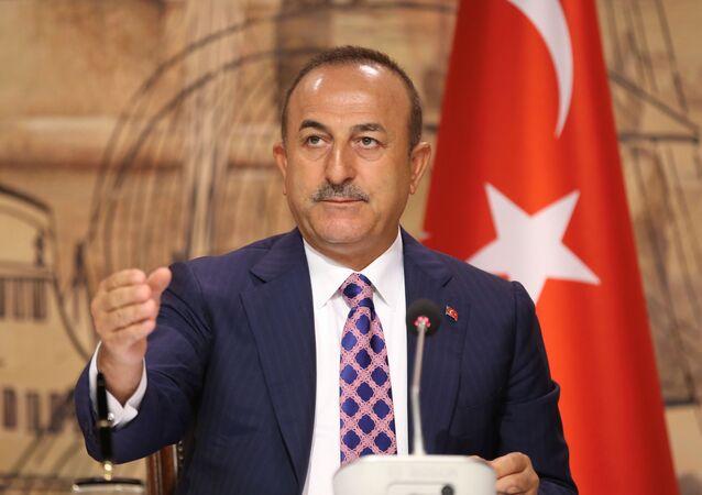 وزير الخارجية التركي، مولود جاويش أوغلو، اسطنبول، تركيا 15 يونيو 2020